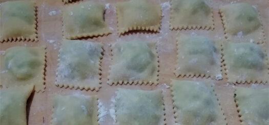 Ravioli Ricotta e Spinaci con Burro e Salvia